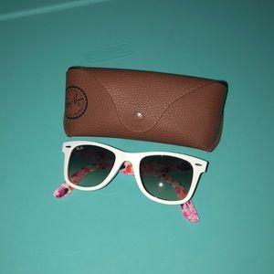 •NEVER WORN •Ray Ban Sunglasses